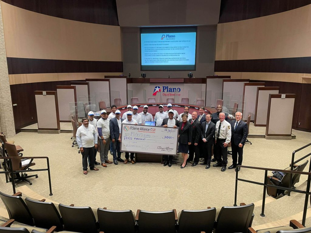 presented-check-to-plano-police-1